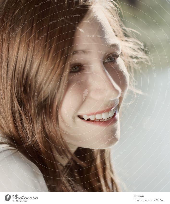 sonnig und heiter Mensch Jugendliche schön Freude Gesicht Leben feminin Gefühle Glück lachen Haare & Frisuren Gesundheit Haut Frau Fröhlichkeit