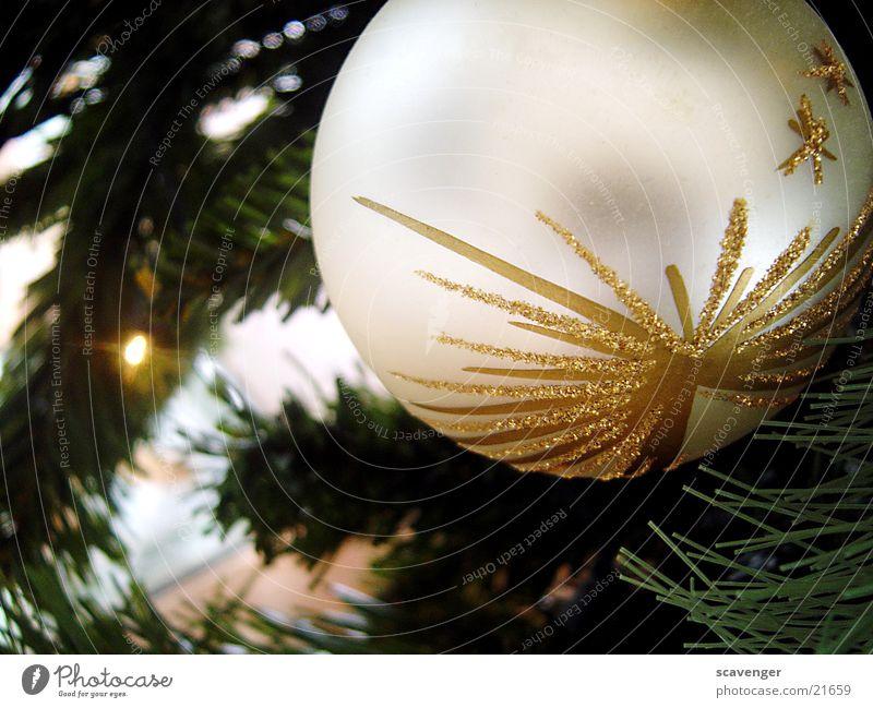 Christbaumkugel Baum Tanne Pflanze Licht Lichterkette Muster grün Dinge Weihnachten & Advent Feste & Feiern silber gold Schatten unschaft Kugel