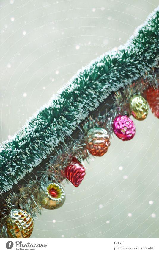 Good Old Christmastree [Usertreff Colmar 2009] Weihnachten & Advent alt Winter Stil Schneefall Feste & Feiern Glas retro rund Kitsch Dekoration & Verzierung Frucht trashig Kunststoff Reihe