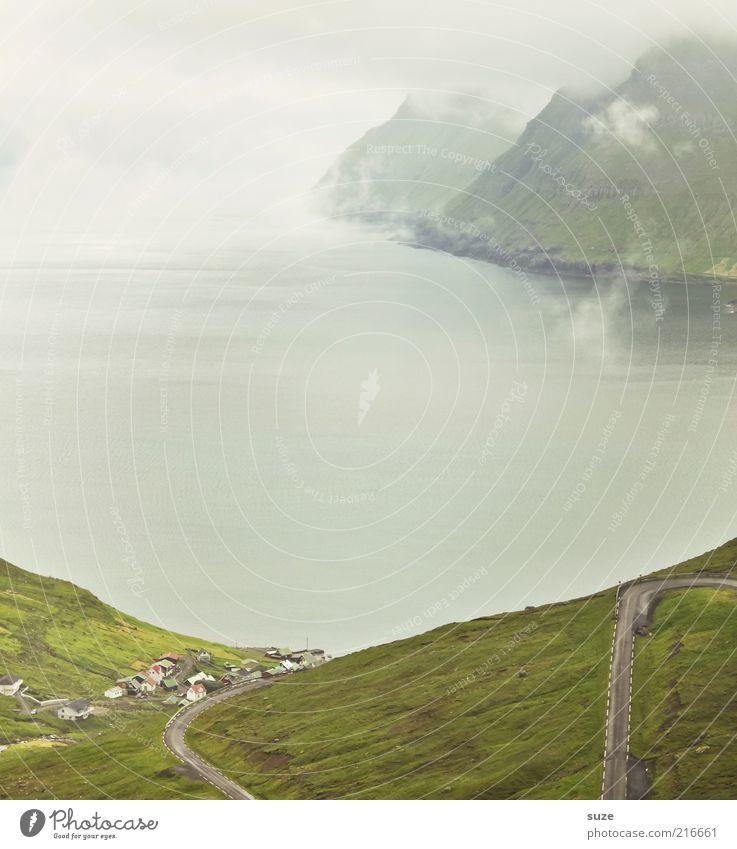 So siehts aus ... Natur Wasser Ferien & Urlaub & Reisen Haus Einsamkeit Straße kalt Wiese Berge u. Gebirge Wege & Pfade Landschaft Küste Nebel Wetter Umwelt