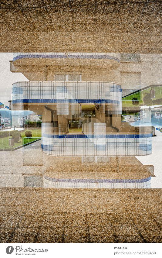 hoch hinaus Stadt Haus Hochhaus Architektur Fassade Balkon blau braun grün weiß Doppelbelichtung Etage Farbfoto Außenaufnahme abstrakt Muster