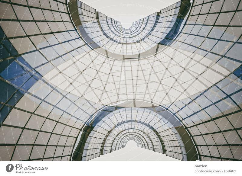mit Schwung Menschenleer Hochhaus Architektur Treppe Fassade Fenster rund blau braun grau weiß Doppelbelichtung Treppenhaus Drehung Gedeckte Farben
