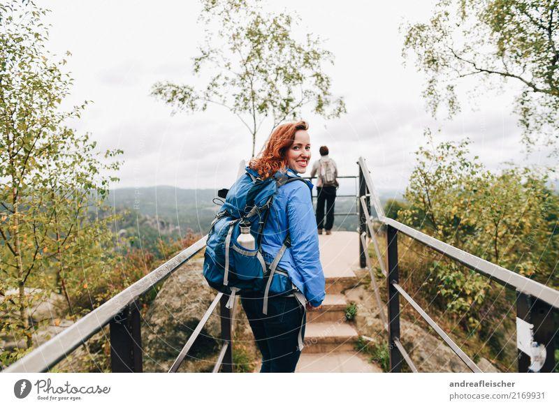 Sächsische Schweiz Mensch Ferien & Urlaub & Reisen Jugendliche Junge Frau Sommer Landschaft Wolken Ferne Berge u. Gebirge 18-30 Jahre Erwachsene Lifestyle