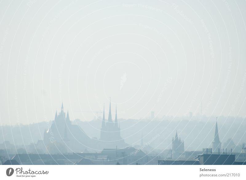 Im Nebel Stadt Ferien & Urlaub & Reisen Wetter Religion & Glaube Horizont Ausflug Tourismus Kirche historisch Hauptstadt Dom Sightseeing Altstadt Thüringen