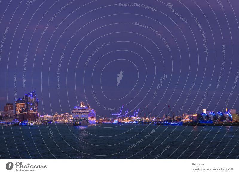 Ein Schiff wird kommen ... Hafenstadt Skyline Bauwerk Sehenswürdigkeit Wahrzeichen Denkmal glänzend leuchten außergewöhnlich Kitsch blau Kunst Hamburg