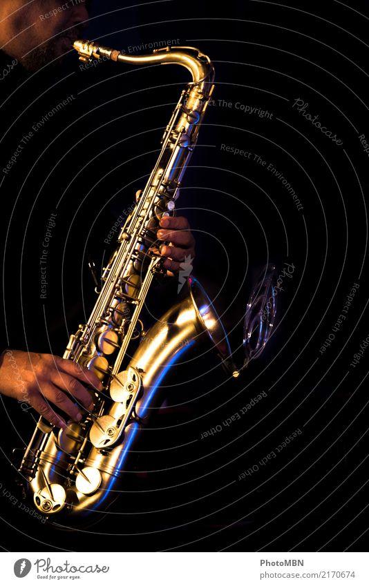 Sax Lifestyle Design Musiker Künstler Unterhaltungselektronik Musikinstrument maskulin Hand 1 Mensch 45-60 Jahre Erwachsene Jazzkonzert Konzert Saxophon