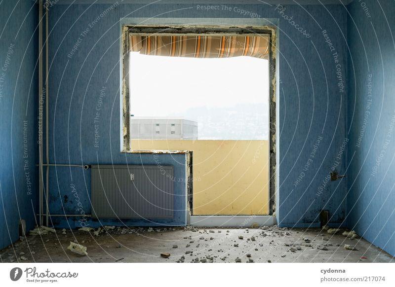 Individuell II ruhig Ferne Leben kalt Wand Stil Fenster träumen Mauer Tür Zeit Lifestyle ästhetisch Wandel & Veränderung Häusliches Leben Vergänglichkeit
