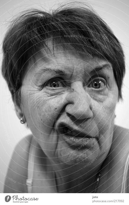 dit kann ick och Frau Gesicht Erwachsene Auge Senior lustig verrückt Lippen Hautfalten Großmutter 45-60 Jahre 60 und älter Gesichtsausdruck Grimasse Humor gestikulieren