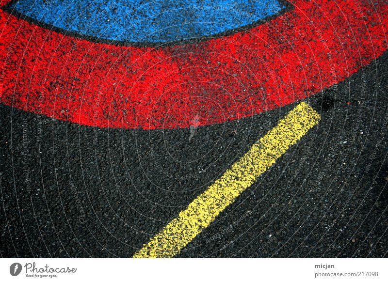 Fuse | A Sudden Meeting On A Certain Day blau rot schwarz gelb Straße Farbe Linie Schilder & Markierungen Kreis Sicherheit Bodenbelag Asphalt Streifen Zeichen