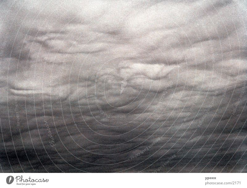Wetterphänomenen Wolken Unwetter grau unheimlich Wolkendecke Himmel Regen