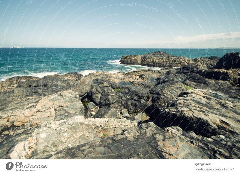 rocky coast Umwelt Natur Landschaft Urelemente Wasser Himmel Klima Schönes Wetter Küste Meer Felsen steinig Stein Felsküste Horizont Wellen weitläufig Cornwall