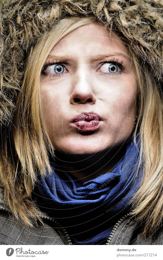 dont ask me Frau Mensch Jugendliche blau Gesicht Auge feminin Haare & Frisuren Kopf Mund Haut blond Erwachsene Nase verrückt Lippen