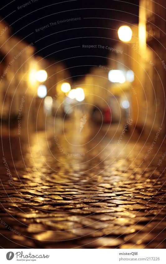 Mediterranean Alley. dunkel Straße Tourismus ästhetisch Romantik Laterne Kopfsteinpflaster Straßenbelag Gasse Fernweh Unschärfe Makroaufnahme Café Beleuchtung Portugal mediterran