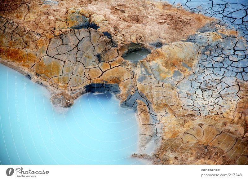 Gegensätze Natur Urelemente Erde Vulkan vulkanisch Stein Wasser trocken heiß kalt Gegenteil außergewöhnlich blau braun gelb grau rot silber weiß entdecken