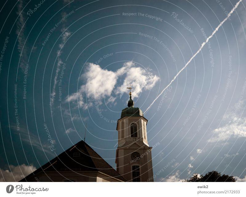 Hochbarock Himmel Wolken Kirche Turm Fenster außergewöhnlich dunkel groß Unendlichkeit hoch blau Lausitz Sachsen Deutschland Autobahnkirche Kirchturmspitze