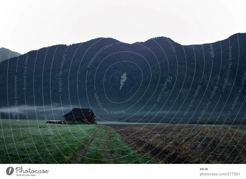 Bild #217079 != #217301 (Antholz [2]) Herbst Feld Alpen Berge u. Gebirge Tal Hütte Bauernhof Einsamkeit Nebelschleier Antholzer Tal Südtirol Farbfoto
