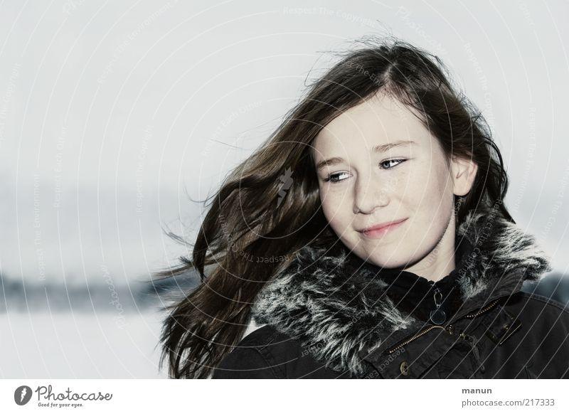 vom Winde verweht Mensch Jugendliche Mädchen schön Freude Winter Gesicht Leben kalt Schnee feminin Gefühle Glück Haare & Frisuren Kopf
