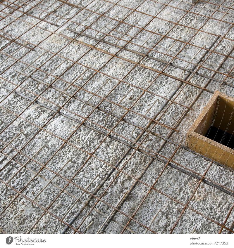 Armierung Baustelle Haus Beton Metall Linie bauen liegen machen authentisch modern braun grau planen Qualität bewehrung Fundament Eisen Matten grundplatte