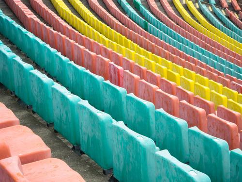 Rang für Rang Farbe Freude Berlin Stil außergewöhnlich Stimmung Design Linie ästhetisch Perspektive Hoffnung Bauwerk viele Netzwerk Sitzgelegenheit