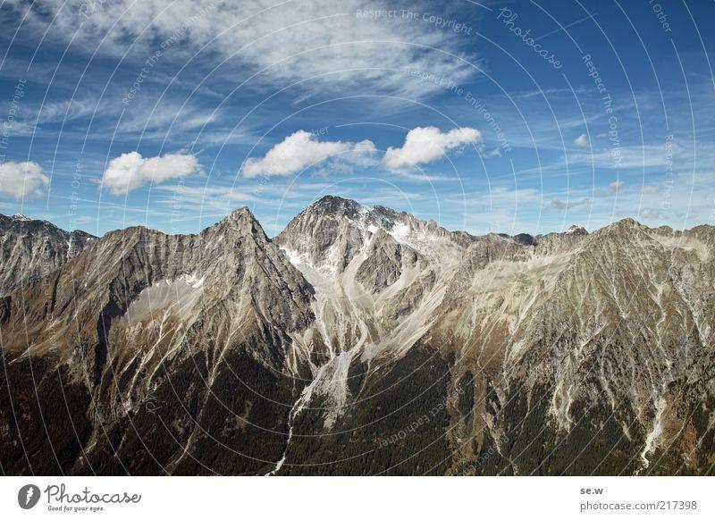 Bergwand (Antholz [3]) Sommer ruhig Wolken Berge u. Gebirge Umwelt Felsen Alpen fantastisch Urelemente Schönes Wetter Fernweh steil Italien Südtirol Felswand