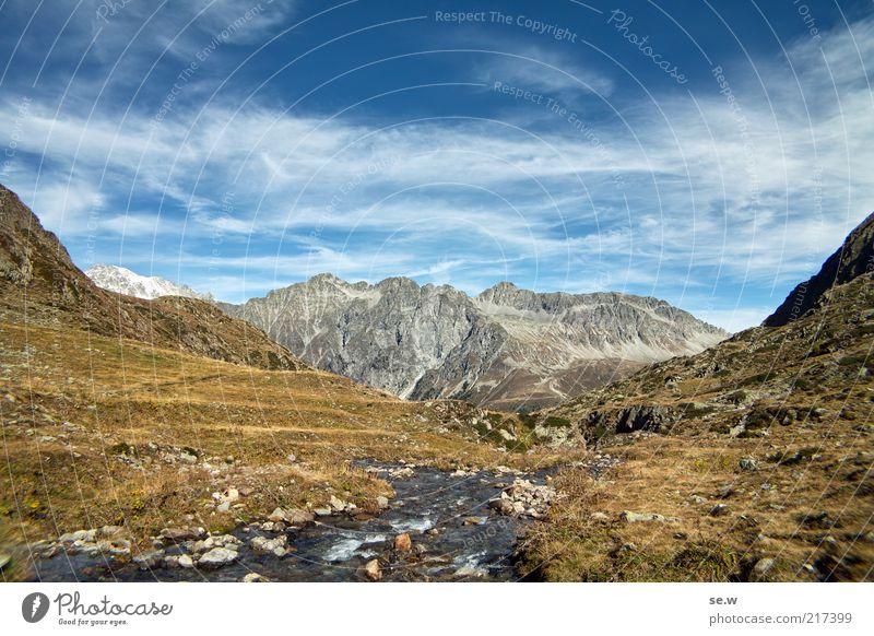 Hochplateau (Antholz [4]) blau Sommer ruhig Wolken Berge u. Gebirge Umwelt gold Alpen Unendlichkeit Urelemente Schönes Wetter Berghang karg Bergwiese Südtirol Wildbach