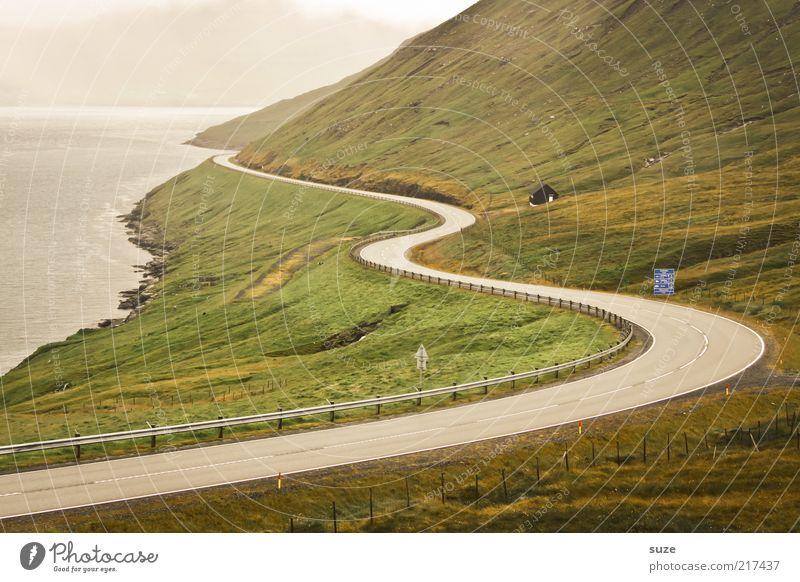 Inselrundfahrt Natur Ferne Straße Wiese Berge u. Gebirge Landschaft Linie Küste Nebel Felsen Ziel Hügel Bucht Kurve Fjord
