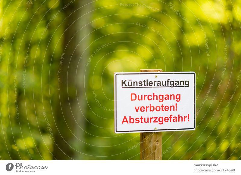 Warnhinweis Mensch Ferien & Urlaub & Reisen Lifestyle Party Freizeit & Hobby Musik Schilder & Markierungen verrückt gefährlich Städtereise Veranstaltung Stress