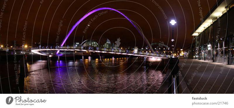 Augenlied Brücke Newcastle (Panorama) England Großbritannien Nachtaufnahme Reflexion & Spiegelung Panorama (Aussicht) Baltic Millennium Bridge Wasser groß