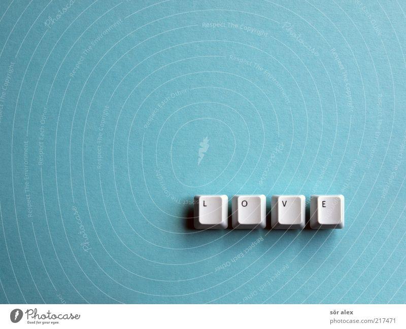 Love is... Karton Tastatur Buchstaben Wort Taste Kunststoff Schriftzeichen Glück positiv blau Gefühle Lebensfreude Frühlingsgefühle Vertrauen Geborgenheit Liebe