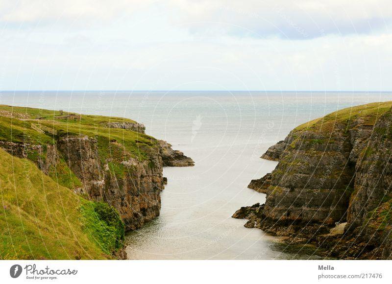 Überblick Natur Wasser Meer grün Ferien & Urlaub & Reisen ruhig Einsamkeit Ferne Freiheit Landschaft Stimmung Küste Umwelt Horizont Felsen Ende