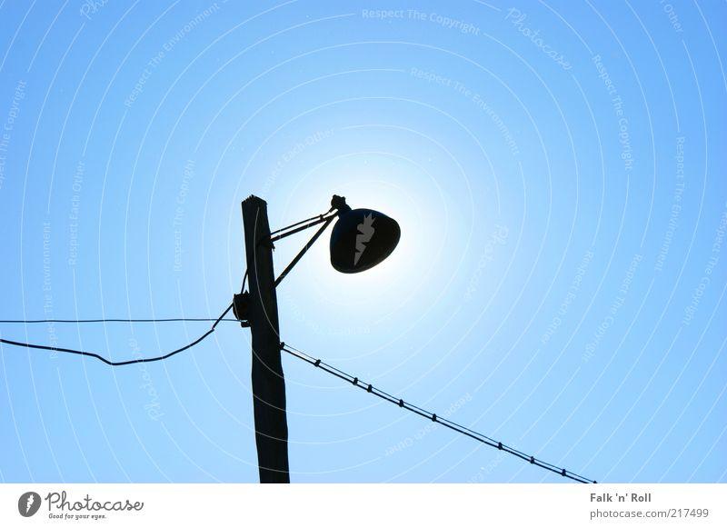 Eclipse of the Sun Himmel blau alt Sonne Sommer schwarz Kabel Schönes Wetter einfach Straßenbeleuchtung Laternenpfahl Licht Sonnenfinsternis