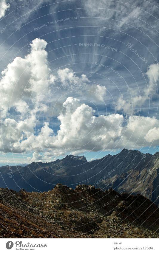 Wüst (Antholz [6]) Himmel Wolken Schönes Wetter Felsen Alpen Berge u. Gebirge Antholzer Tal Rotwand Bergkamm eckig Ferne gigantisch Unendlichkeit blau braun