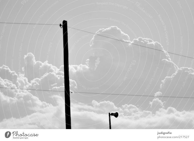 Schall Technik & Technologie Informationstechnologie Umwelt Natur Himmel Wolken Klima Endzeitstimmung bedrohlich stagnierend Elektrizität Strommast Lautsprecher