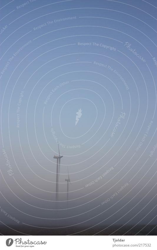 Uprising Himmel Sonne blau schwarz Herbst grau Luft Nebel Energiewirtschaft Zukunft Technik & Technologie Klima Windkraftanlage drehen Schönes Wetter