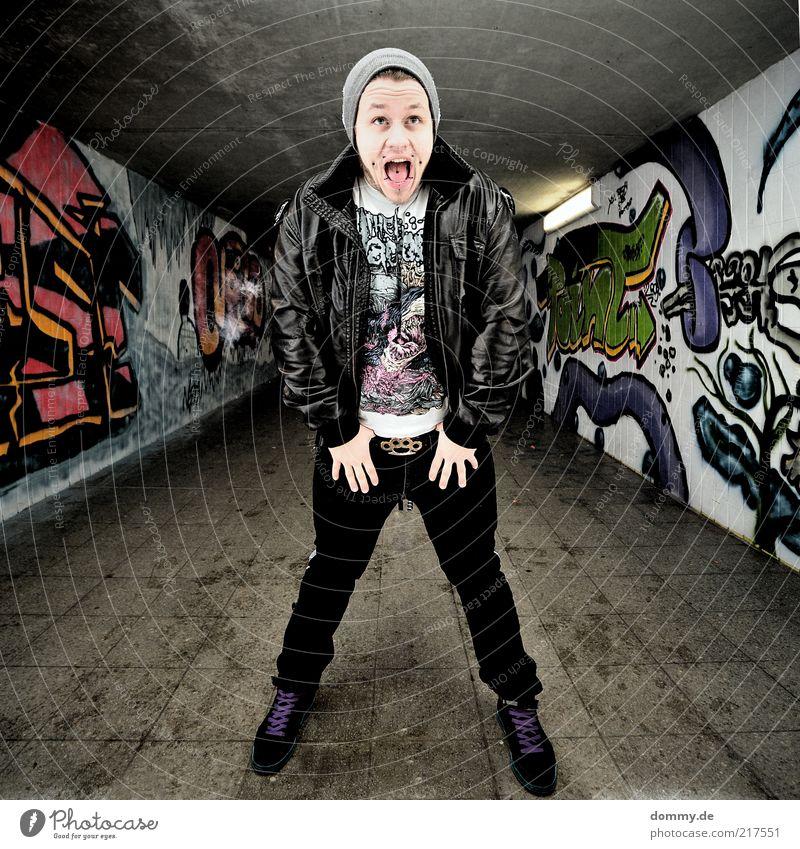 ssldk Mensch maskulin Junger Mann Jugendliche Erwachsene Zähne 1 18-30 Jahre Mode Hose Jacke Leder Mütze schreien stehen Wut Ärger Aggression Piercing