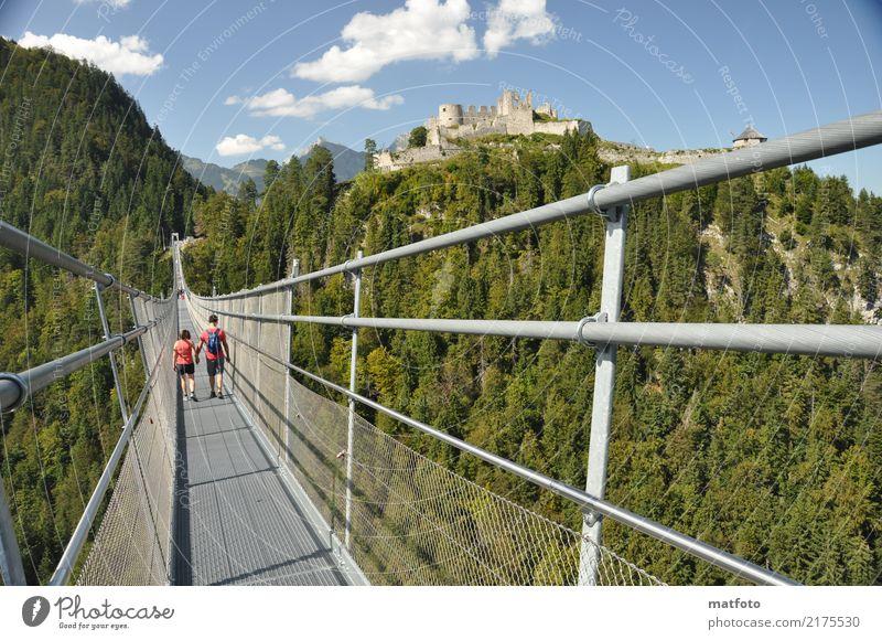 highline 179, Ruine Ehrenberg Mensch Paar Erwachsene Leben 2 13-18 Jahre Jugendliche Architektur Kultur Landschaft Wolken Sommer Schönes Wetter Felsen Alpen