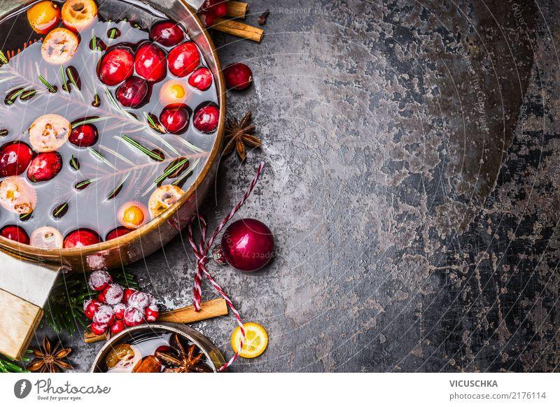 Nahaufnahme von Glühweintopf Weihnachten & Advent Winter Hintergrundbild Stil Lebensmittel Feste & Feiern Design Textfreiraum Häusliches Leben Frucht retro