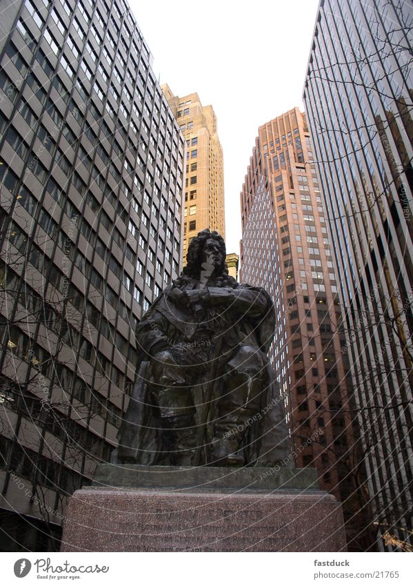 old meets new Architektur Denkmal Statue Skulptur New York City Manhattan Hochhausfassade Abraham DePeyster