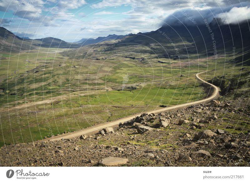 Schleichweg Ferne Berge u. Gebirge Umwelt Natur Landschaft Urelemente Erde Himmel Wolken Horizont Klima Schönes Wetter Wiese Straße Wege & Pfade außergewöhnlich