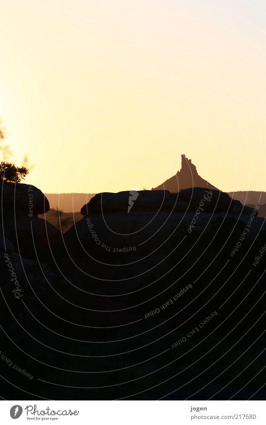 From Dusk till Dawn Natur schwarz gelb Landschaft Umwelt Sand Stein Wärme Erde gold Felsen ästhetisch Klima einzigartig USA Vergänglichkeit