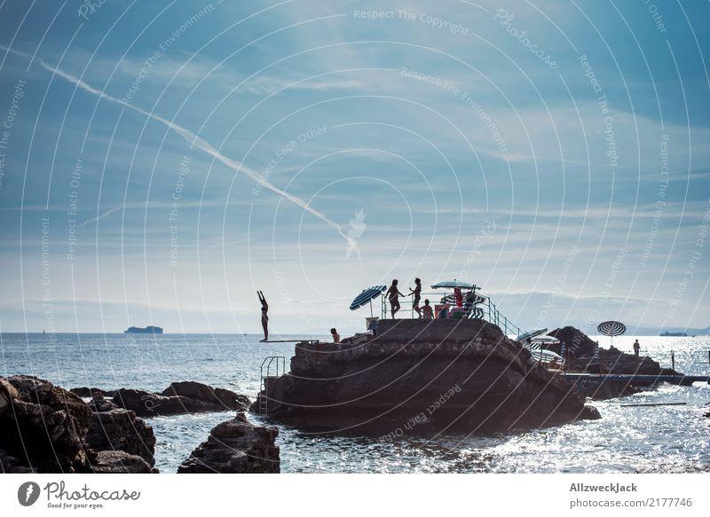 Konzentration Lifestyle Ferien & Urlaub & Reisen Abenteuer Ferne Freiheit Sommer Sommerurlaub Sonnenbad Strand Meer Insel Mensch Menschengruppe Wasser