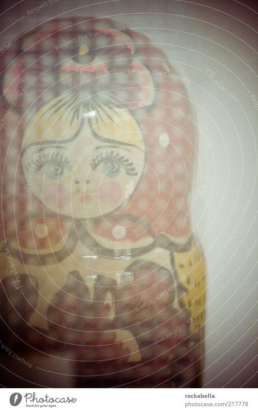 rasterized darling. Stil Holz Kunst Lifestyle ästhetisch retro Kitsch Spielzeug außergewöhnlich niedlich Freundlichkeit Verfall trashig Puppe skurril Nostalgie