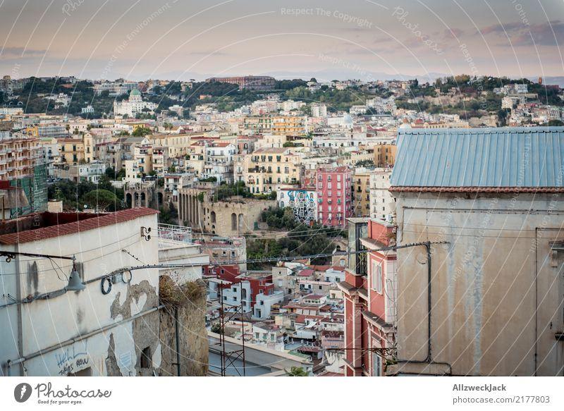 Sonnenuntergang in Neapel mit Blick auf die Stadt Tag Abend Dämmerung Abenddämmerung Italien Ferien & Urlaub & Reisen Reisefotografie Haus Panorama (Aussicht)