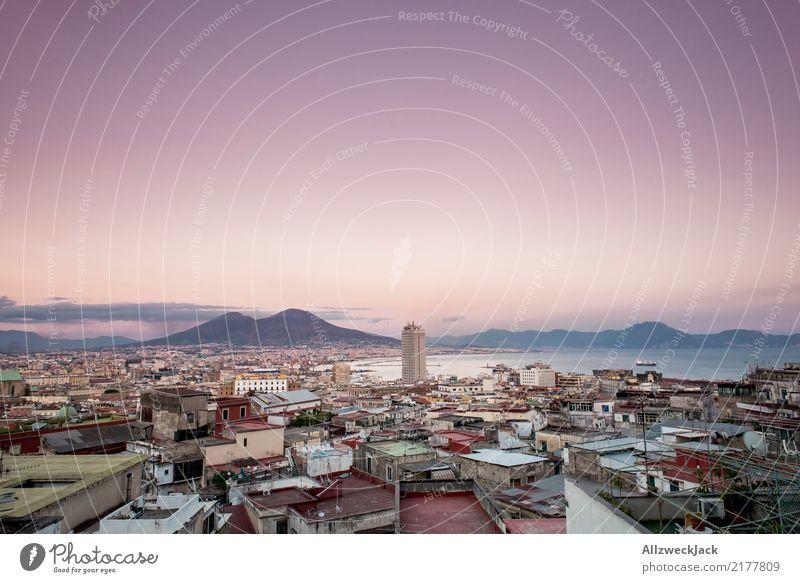 Neapel Panorama 3 Farbfoto Außenaufnahme Dämmerung Panorama (Aussicht) Menschenleer Textfreiraum oben Ferien & Urlaub & Reisen Ausflug Ferne Sightseeing
