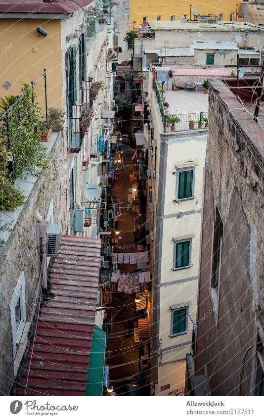 Die Straßen von Neapel 10 Farbfoto Außenaufnahme Vogelperspektive Ferien & Urlaub & Reisen Sightseeing Städtereise Sommerurlaub Lifestyle Haus Dämmerung