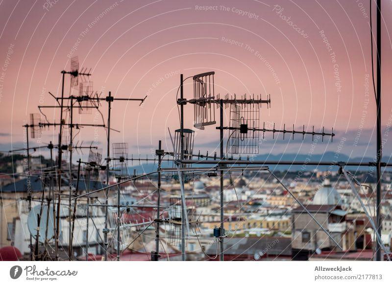 Antennagate 3 Sommer Ferne Lifestyle Technik & Technologie Telekommunikation Information Informationstechnologie Sightseeing Abenddämmerung Nachtleben Antenne
