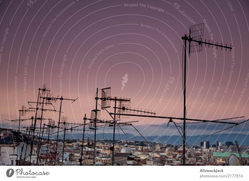 Antennagate 2 Sommer Ferne Lifestyle Technik & Technologie Telekommunikation Information Informationstechnologie Sightseeing Abenddämmerung Nachtleben Antenne
