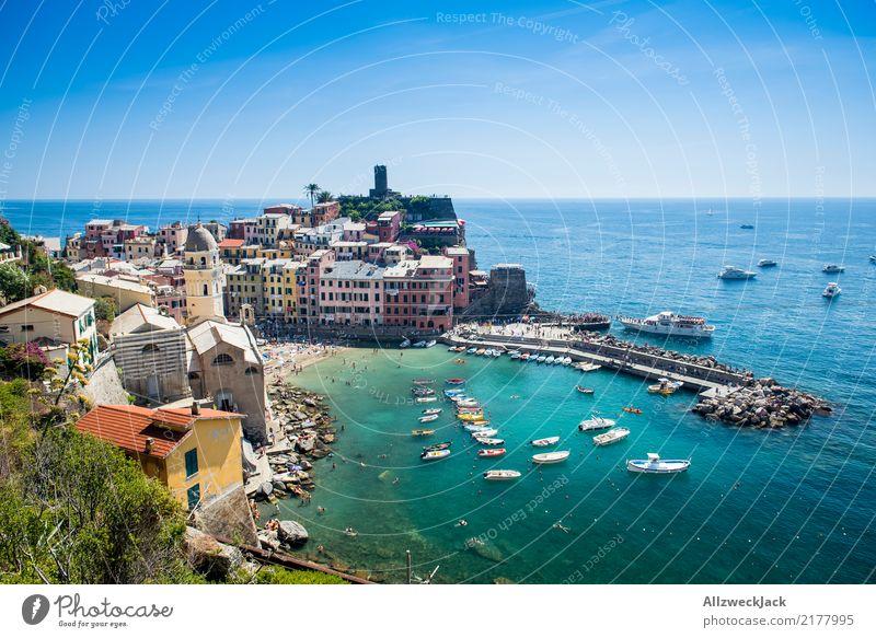 Cinque Terre 3 Ferien & Urlaub & Reisen Sommer Meer Berge u. Gebirge Küste Tourismus Felsen Wasserfahrzeug Ausflug ästhetisch Insel Kultur Schönes Wetter