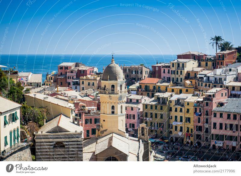 Cinque Terre 4 Ferien & Urlaub & Reisen Sommer Meer Berge u. Gebirge Küste Tourismus Felsen Ausflug Kirche ästhetisch Insel Kultur Schönes Wetter Italien
