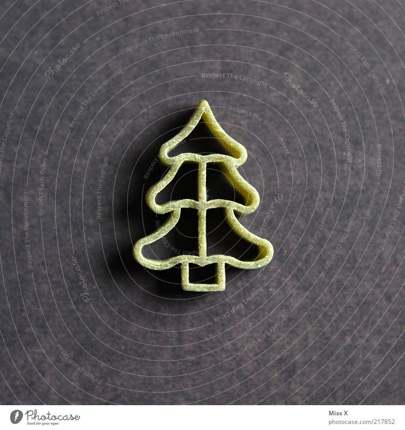 Joh is denn heit scho... Lebensmittel Teigwaren Backwaren Ernährung Vegetarische Ernährung Baum lecker trocken roh Nudeln Weihnachtsbaum Tanne Farbfoto